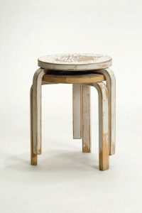 04_Artek_Stool_60_piled_2nd_Cycle_01_JPG.jpg