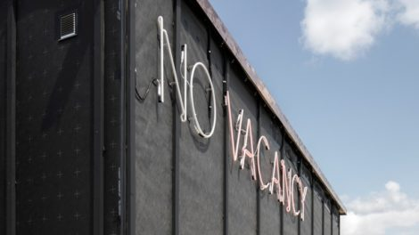 Elli Mosayebi, no vacancy