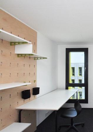 m bel von studenten f r studenten multiwall md mag. Black Bedroom Furniture Sets. Home Design Ideas