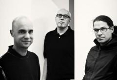 Seit 1995 arbeiten Mårten Claesson, Eero Koivisto und Ola Rune in Stockholm zusammen. Die Architekten entwickeln in gleichen Umfang Architektur- und Designprojekte. Foto: Knut Koivisto
