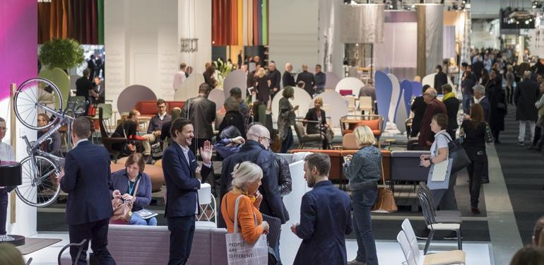 """The world's largest meeting place for Scandinavian furniture and lighting design"" nennen die Macher der Stockholm Furniture & Light Fair nicht zu Unrecht ihr Messeformat. Foto: Gustav Kaiser"
