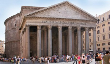 Mit 43 m Durchmesser ist die Kuppel des Pantheon bis heute größte, unbewehrte Betonkuppel der Welt. Der Beton bestand aus Steinen, Sand, gebranntem Kalkstein, Wasser und Kieseln. Foto: Roberta Dragan