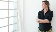 Inga Sempé lebt und arbeitet in Paris, wo sie 1993 ihren Abschluss an der Ecole Nationale Supérieure de Création Industrielle machte. 2001 gründete Sempé ihr eigenes Atelier. Foto: Blickfang GmbH, Claire Lavabre