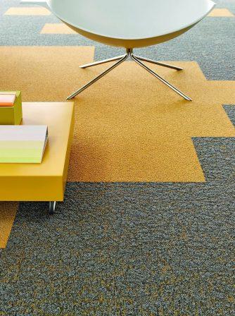 teppichfliesen farbe und struktur md mag. Black Bedroom Furniture Sets. Home Design Ideas