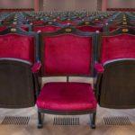 Klappsitze im Stehlin-Musiksaal in Basel