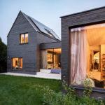 Haus B, Smartvoll Architekten, Bauen im Bestand, Außenansicht am Abend