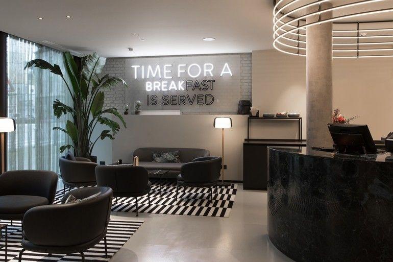 We want more, Ibis, Brüssel, Bar, Restaurant, Lobby