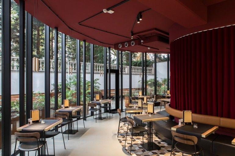 We want more, Ibis, Brüssel, Restaurant, Licht, Garten