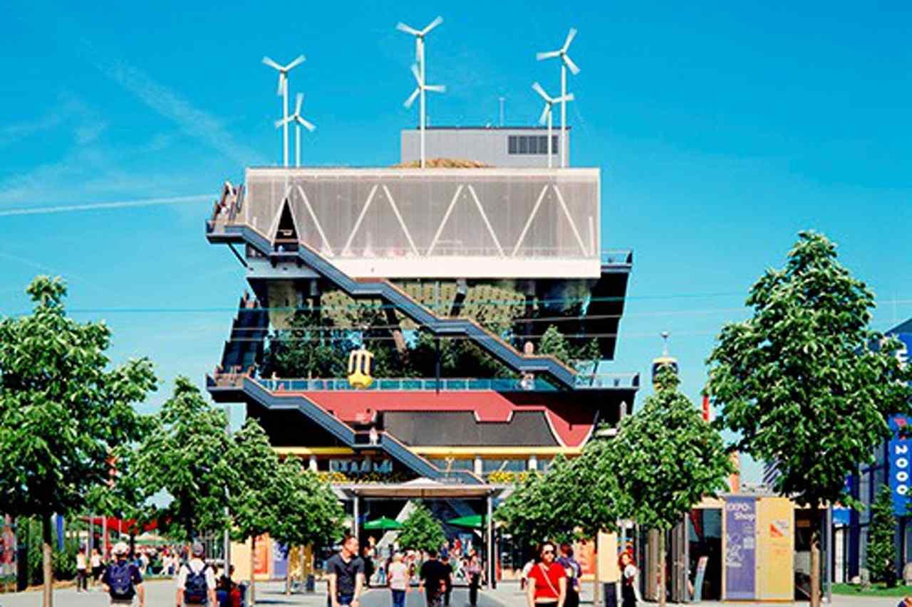Gestapeltes Gebäude von MVRDV auf derExpo 2000 Hannover