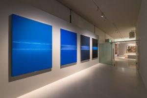 Monochrome Kunstwerke in Blau