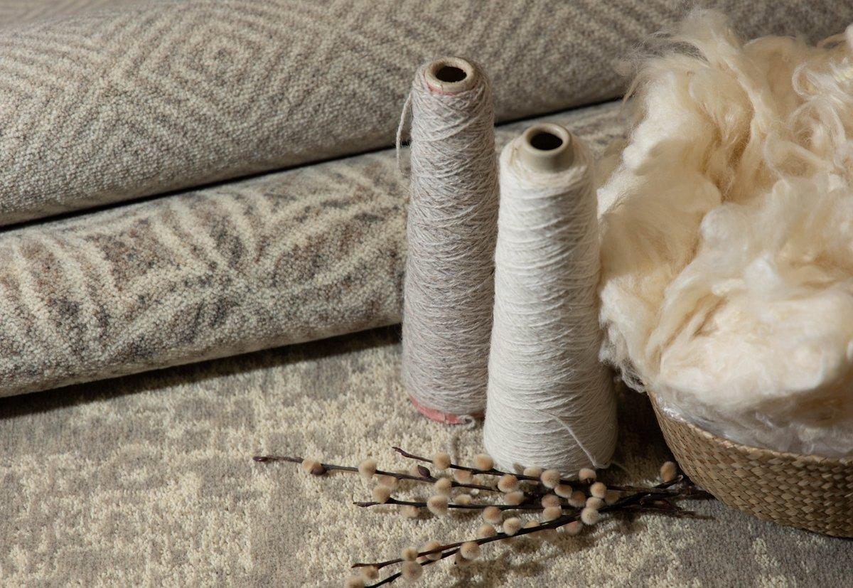 Wolle zählt zu den gebräuchlichsten tierischen Naturfasern. Foto: Dansk Wilton