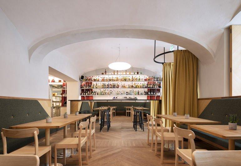 Gastraum im Café Kandl in Wien