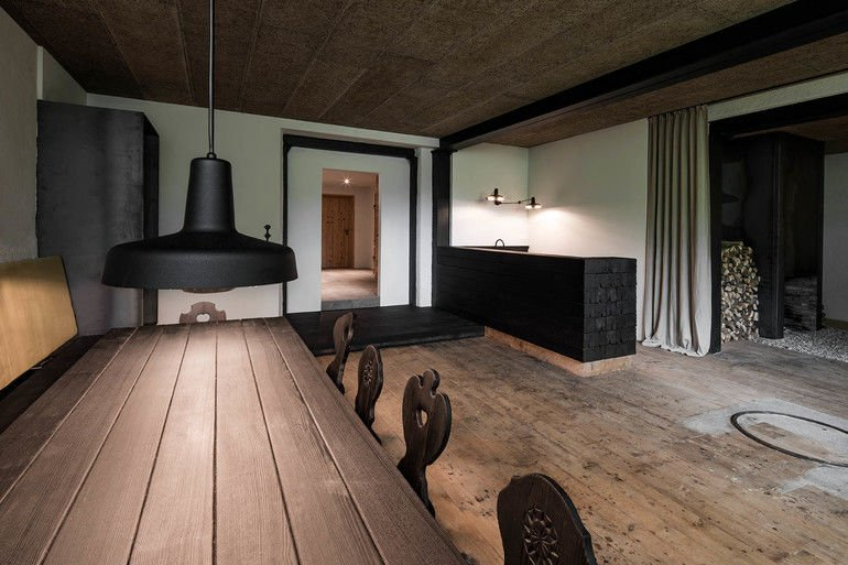 verkohltes holz, destilat, Holz, Lounge, Shou Sugi Ban, Alpen-Chalet, Leinenstoff
