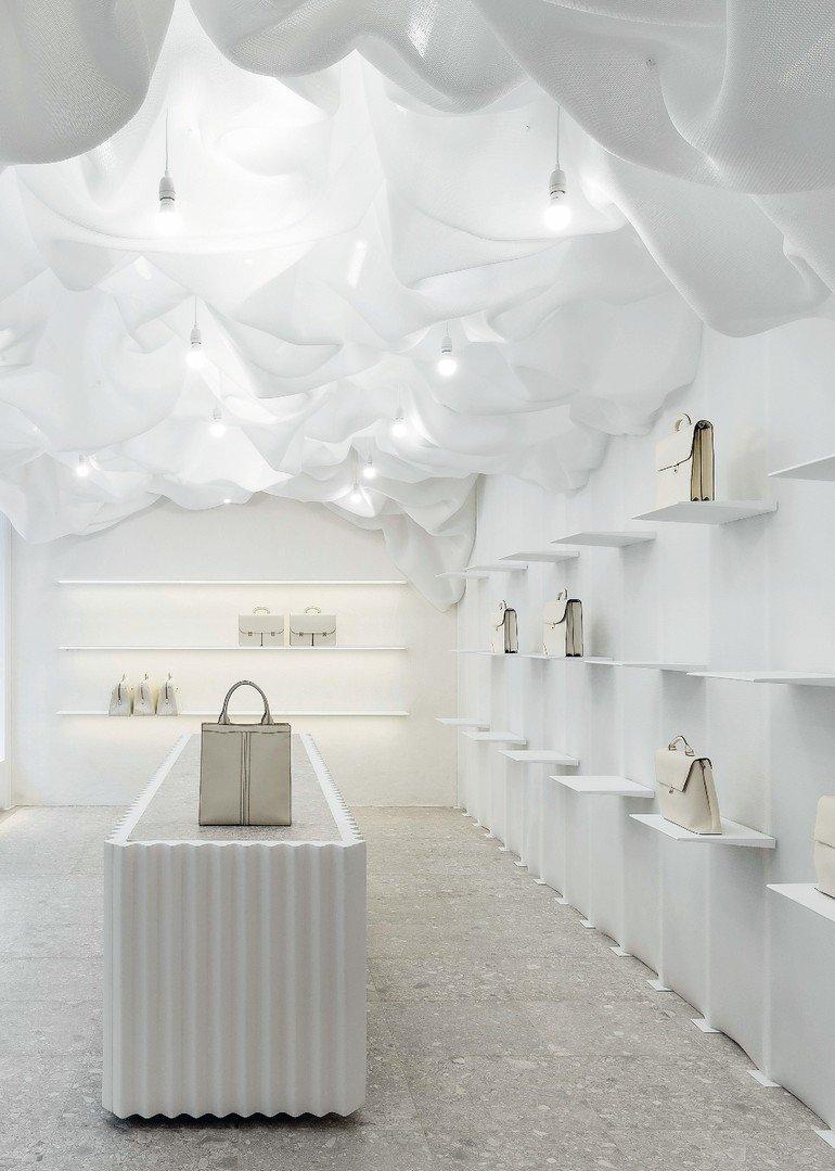 Der Valextra Flagship Store In Mailand Ist Ein Besonderer Showroom
