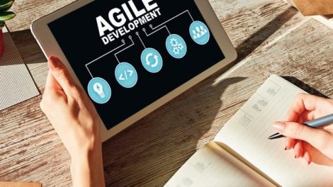 Agile_development_concept_on_the_device_screen.