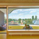 Das Raumangebot der Gotthard-Müller-Schule in Filderstadt ist in verschiedenen Lernlandschaften und offenen Strukturen organisiert. Foto: David Matthiessen