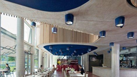 Akustik-Ingenieurbüro Moll, Schallabsorbierender Himmel im Restaurant