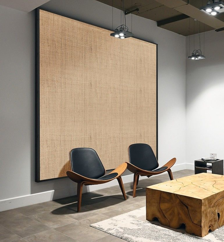 Large_modern_office_with_open_space_to_work