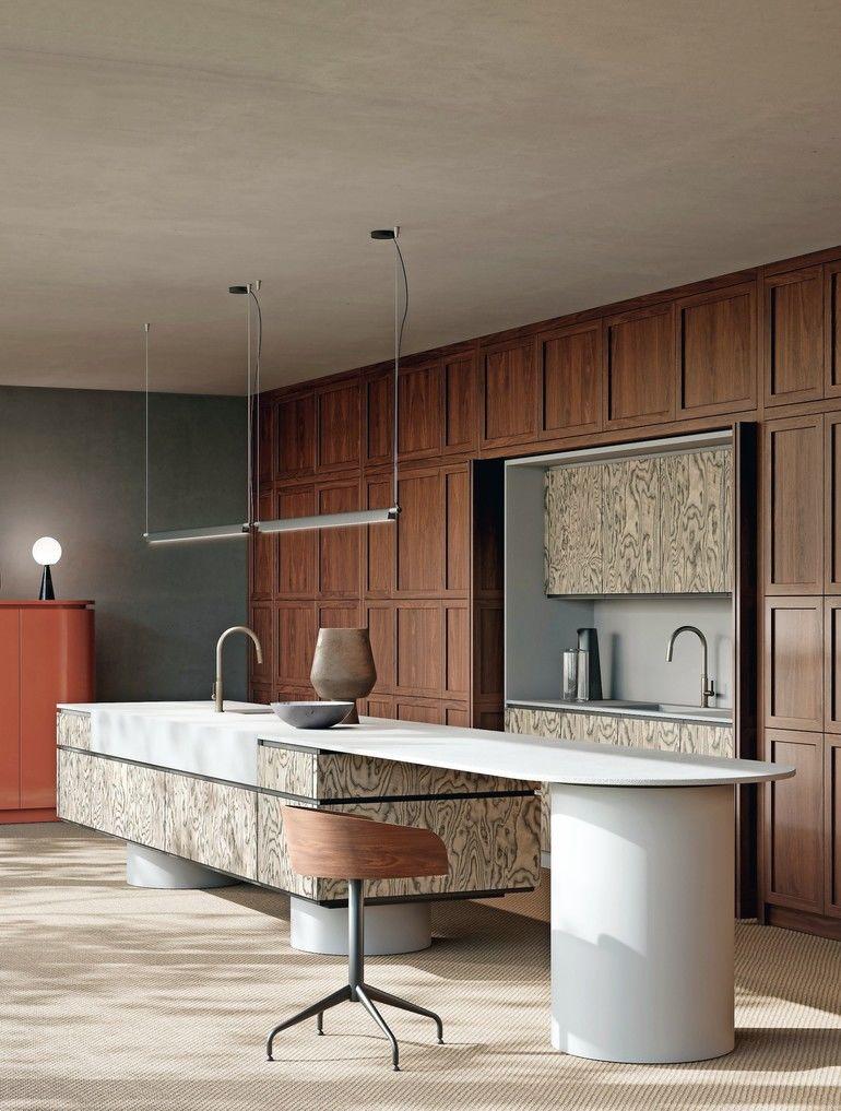 Küchenblock deren Mineralwerkstoff Arbeitsplatte einen Induktionsherd verbirgt