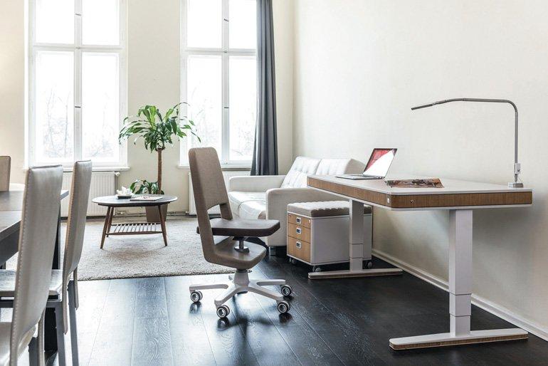 Design f rs leben drehstuhl moll s9 und tisch moll t7 for Stuhl design entwicklung